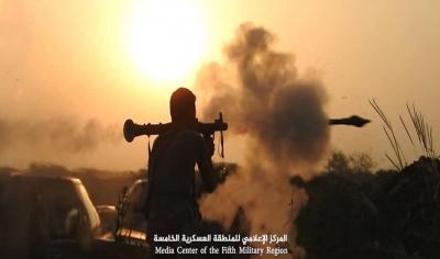 قتلى وجرحى حوثيون بمعارك مع الجيش وغارات التحالف في حجة