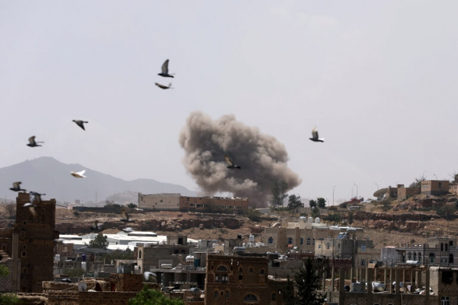 شاهد: لحظة الانفجار الذي هز صنعاء إثر غارة جوية للتحالف