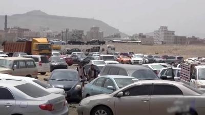 مليشيا الحوثي تحتجز 466 سيارة وتنهب 23 مليون ريال خلال شهر في تعز