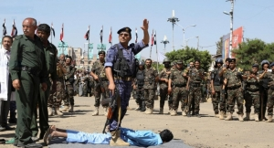 غضب شعبي واسع من إعدام مليشيا الحوثي تسعة من أبناء تهامة بينهم طفل قاصر