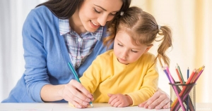 5 طرق لتأديب الطفل بشكل إيجابي من دون استخدام العنف