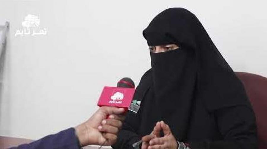 """الناشطة حياة الذبحاني تروي لـ""""تعز تايم"""" تجربتها في العمل الإنساني ومشاركتها في مسابقة قصص ملهمة"""