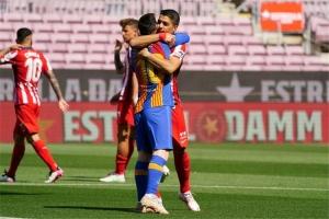 تعادل برشلونة وأتلتيكو يقرب ريال مدريد من الصدارة