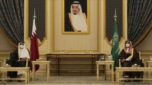 أمير قطر يلتقي محمد بن سلمان في الرياض