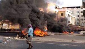 صرخات الجوعى والمتعبين تحاصر المجلس الانتقالي في عدن
